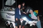 Australia: Five mates hook monster shark near Eden